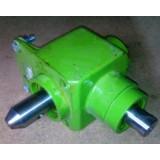 Редуктор угловой привода выгрузного шнека 0006038391 для зерноуборочных комбайнов  Claas Mega 202/203/204/208/210/218/Dominator 106/108/114/118